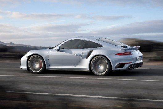 In 2,9 Sekunden sprintet das 911 Turbo S Coupé auf 100 km/h.