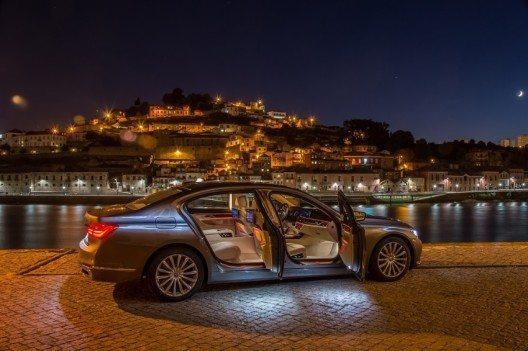 """Der deutsche Premium-Hersteller BMW verzeichnet ein hervorragendes Abschneiden im Wettbewerb """"Schweizer Auto des Jahres 2016""""."""
