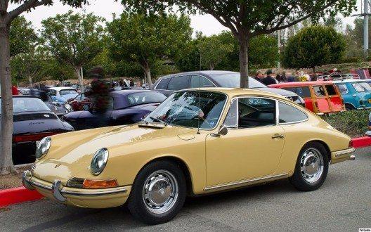 """Der """"Neunelfer"""" wird ununterbrochen seit 1963 produziert und gilt bis heute als Inbegriff des Sportwagens von Porsche. (Bild: © Pat Durkin, Wikimedia, CC BY-SA 2.0)"""