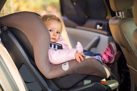 Besondere Umsicht erfordert der Umgang mit Kleinkindern. (Bild: © mathom - shutterstock.com)