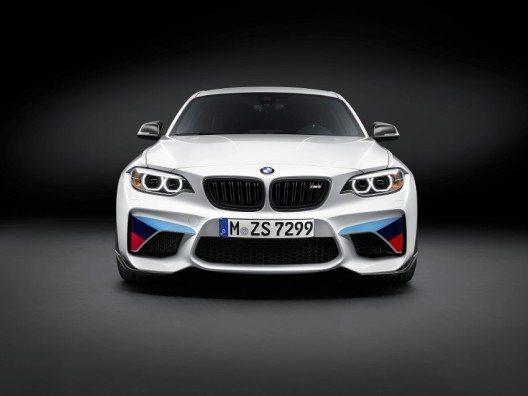 Für eine Optimierung der Strassenlage und der Handlingeigenschaften lässt sich das BMW M2 Coupé mit dem BMW M Performance Gewindefahrwerk ausrüsten.