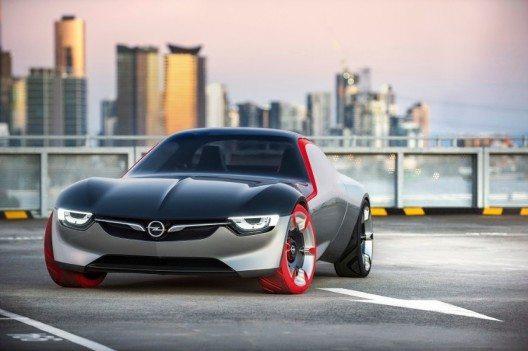 Mit dem GT Concept präsentieren die Opel-Designer die Vision eines populären Sportwagens der Zukunft.