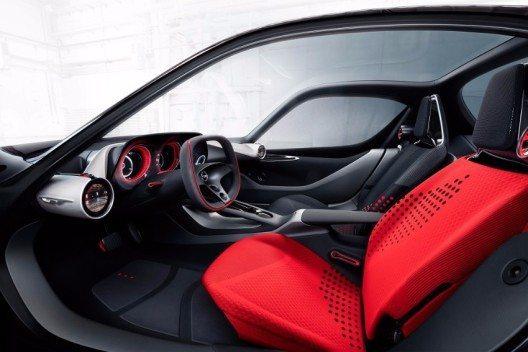 Alles im GT Concept ist für den puren Genuss einer Ausfahrt zu zweit bereit.