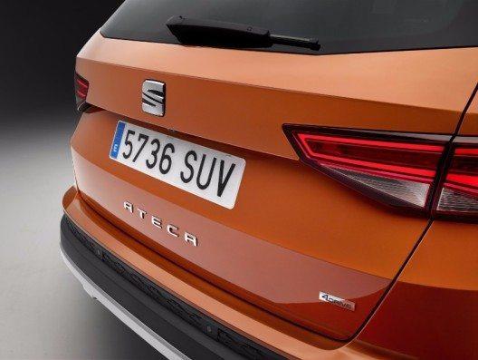 Mit dem ATECA präsentiert SEAT sein erstes SUV-Modell.