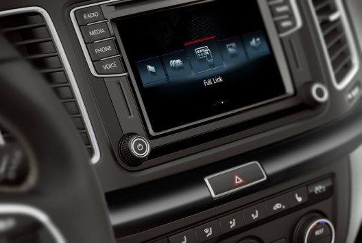 Ebenfalls an Bord ist das neueste SEAT Navigationssystem mit der optionalen Full Link Lösung für perfekte Konnektivität. (Bild: SEAT)