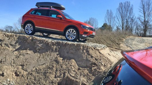 Der komplett neu entwickelte VW Tiguan macht auch im Gelände eine gute Figur. (Bild: http://die-autotester.com)