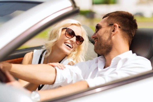 Automieten liegen im Trend. (Bild: © Syda Productions – Shutterstock.com)