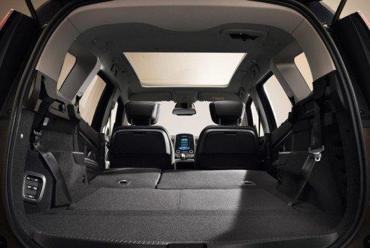 Durch zwei weitere optionale versenkbare Einzelsitze lässt sich der Grand SCENIC in einen Siebensitzer verwandeln. (Bild: Renault Communications)