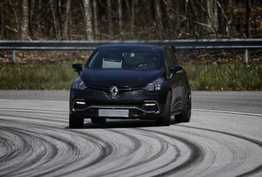 Der radikale Kompaktsportler Clio R.S.16 feierte Premiere. (Bild: Renault Communications)