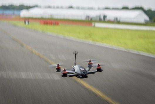Nissan bringt die GT-R Drohne heraus. (Bild: Nissan Schweiz)