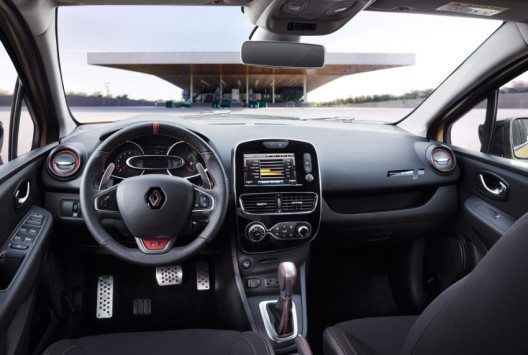 Der Renault Clio R.S. – Innenansicht (Bild: Renault Communications)
