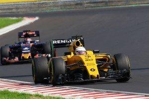 120876-04_Renault_F1_Hungary