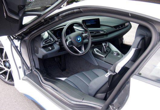 Der BMW i8 ist dabei in jeder Hinsicht ein Traumauto. (Bild: Park Weggis)