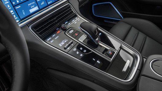 Alle Elemente zusammen formen ein unverwechselbares Nachtdesign. (Bild: © Porsche AG)