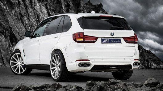 JMS Fahrzeugteile gibt dem BMW X5 jetzt eine noch sportlichere Optik. (Bild: © JMS Fahrzeugteile)