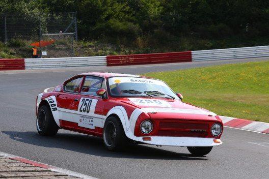 ŠKODA macht beim AvD-Oldtimer-Grand-Prix 115 Jahre Motorsportgeschichte lebendig: Der 200 RS gilt als Meilenstein der Motorsportgeschichte der tschechischen Marke. (Bild: ŠKODA AUTO)