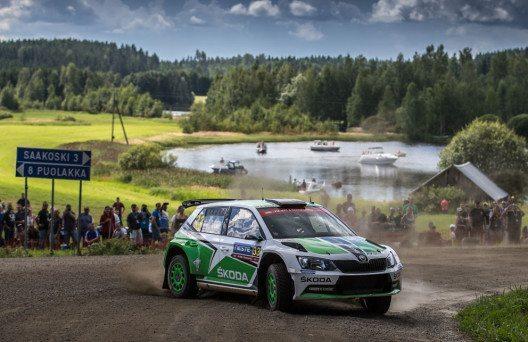 Škoda bei der WM-Rallye in Finnland: Pontus Tidemand/Jonas Andersson schieden nach einer beeindruckenden Aufholjagd am Sonntag kurz vor dem Ziel aus. (Bild: Škoda Presse)