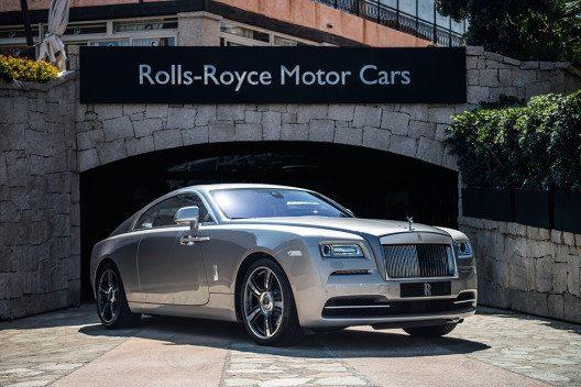 Rolls-Royce präsentiert zwei exklusive Sondermodelle – von Sardinien inspiriert. (Bild: © Rolls-Royce Motor Cars)