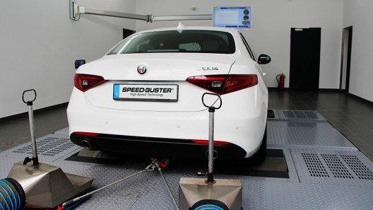 SPEED-BUSTER holt mit seiner Chiptuning-Box alles aus dem neuen Alfa Romeo Giulia raus. (Bild: © SPEED-BUSTER)