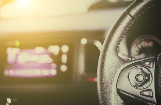 Laut einer US-Studie sollten Autohersteller mehr in Ergonomie als in Form investieren. (Bild: © JTKPHOTO - shuttrstock.com)