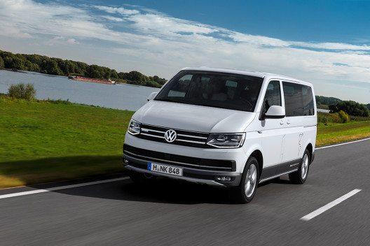 Der Multivan PanAmericana vereint den Komfort des Multivan mit der Offroad-Kompetenz eines SUV. (Bild: © Volkswagen Nutzfahrzeuge)