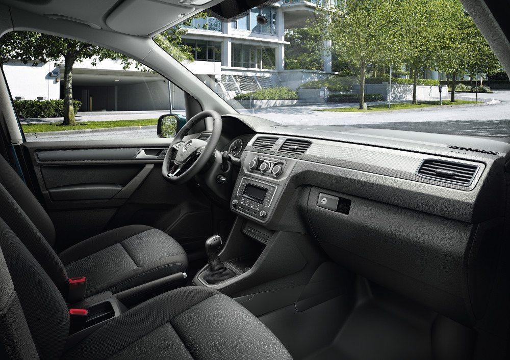 Interieur des Caddy Edition TGI als Kastenwagen