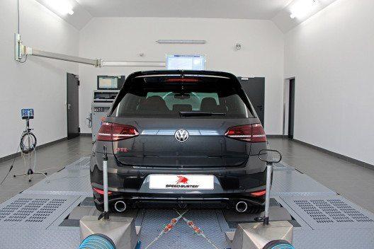 Schneller VW Golf wird durch SPEED-BUSTER-Tuning noch schneller. (Bild: © SPEED-BUSTER GmbH & Co. KG)