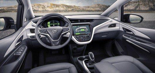 Bestens informiert: Neuer Opel Ampera-e mit digitalen Instrumenten und einem zentralen Monitor im iPad-Format.
