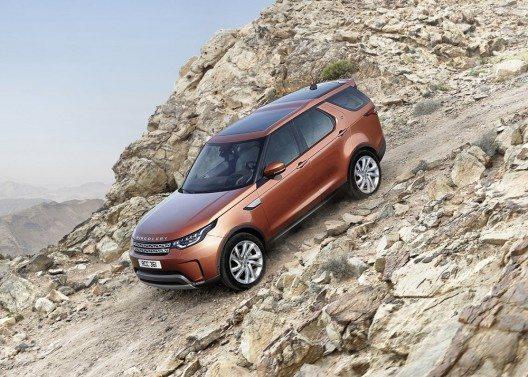 Die fünfte Generation des Verkaufsschlagers ist ein echter Land Rover-Geländewagen.