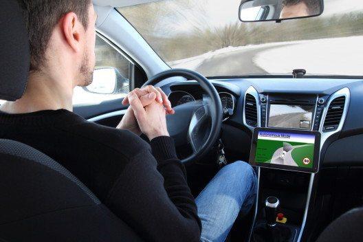 Automated Driving (Bild: © riopatuca - shutterstock.com)