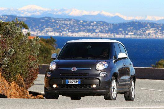 Fiat 500L (Bild: FCA)