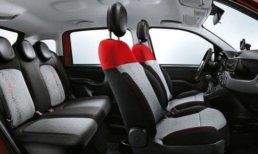 Die Sitzbezüge weisen beim Fiat Panda des Modelljahrs 2017 neue Muster auf und sind in allen Ausstattungsversionen in neuen Farben erhältlich.