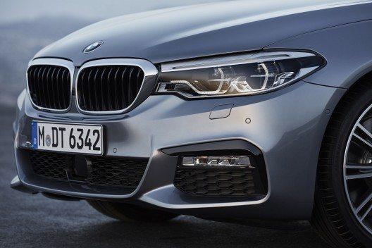 Die siebte Generation der BMW 5er Reihe weist den Weg in die Zukunft.