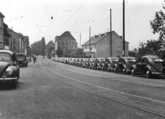 Im Mai 1948 erreichte das erste Kontingent von 25 Käfern die Schweiz.