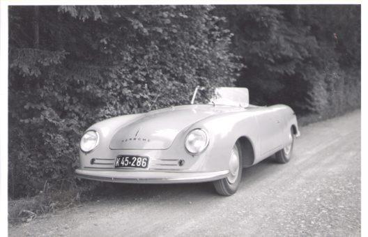 """Porsche 356 """"Nr. 1"""" Roadster in der Schweiz, 1948 (Bild: obs/Porsche Schweiz/Archiv Bendel/Swiss Car Register)"""